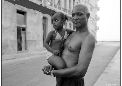 14px-копирайт-Havana-папа-и-дочка-папа-194